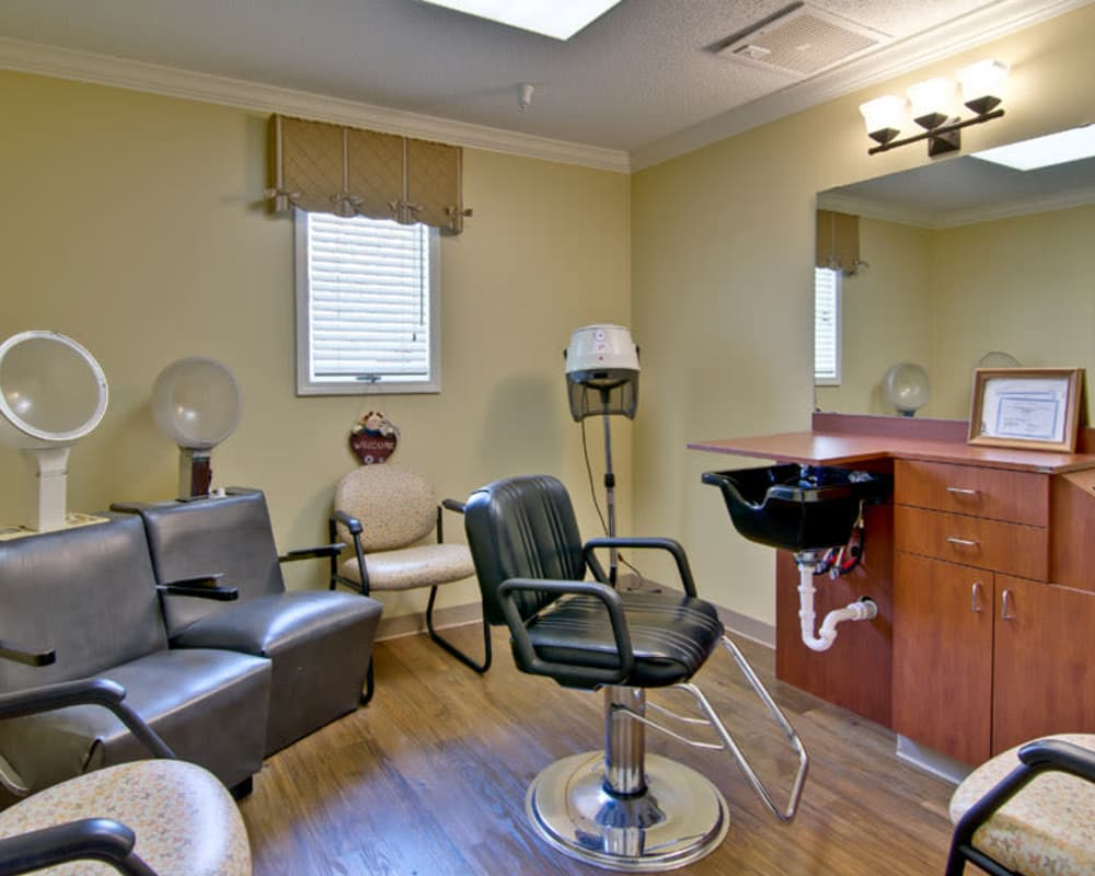 On site salon at Parkside in Rolla, Missouri
