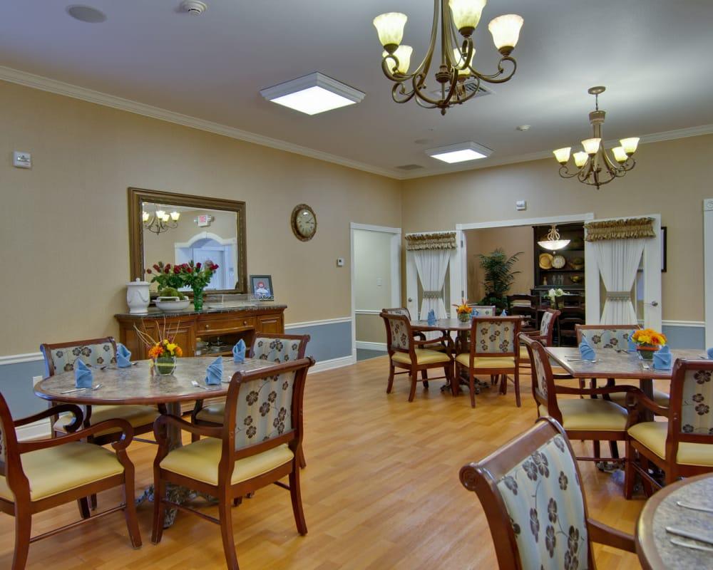 Community dining room at Hartmann Village Senior Living in Boonville, Missouri