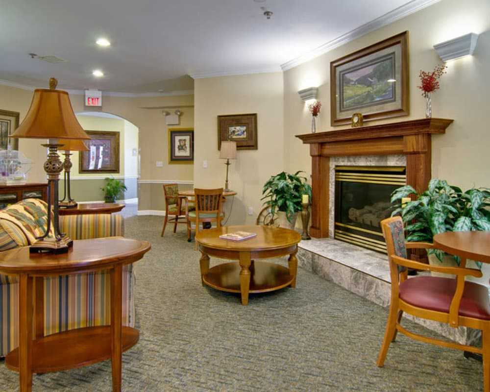 Lounge with fireside seating at Ashland Villa in Ashland, Missouri