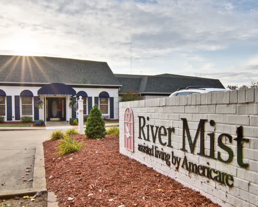 Main sign at River Mist in Poplar Bluff, Missouri