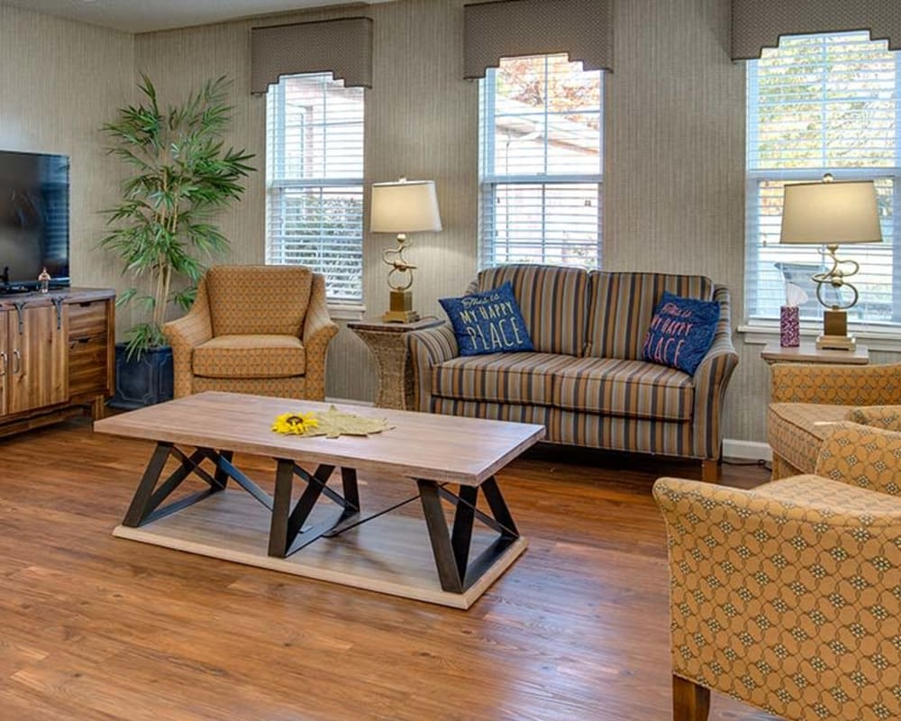 Cozy entertainment area at Celebration Way in Shelbyville, Tennessee