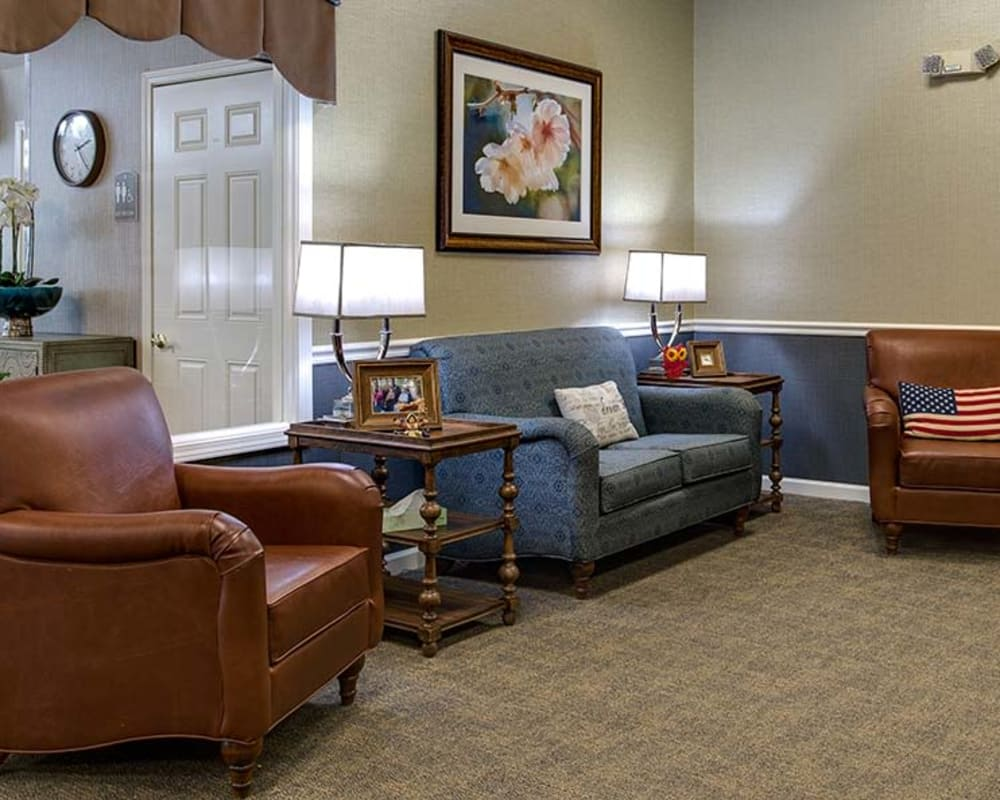 Community lounge with seating at Celebration Way in Shelbyville, Tennessee