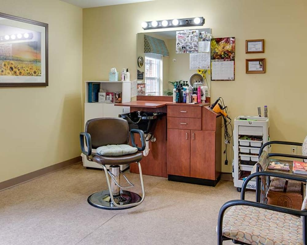 Resident hair salon at Bradford Court in Nixa, Missouri