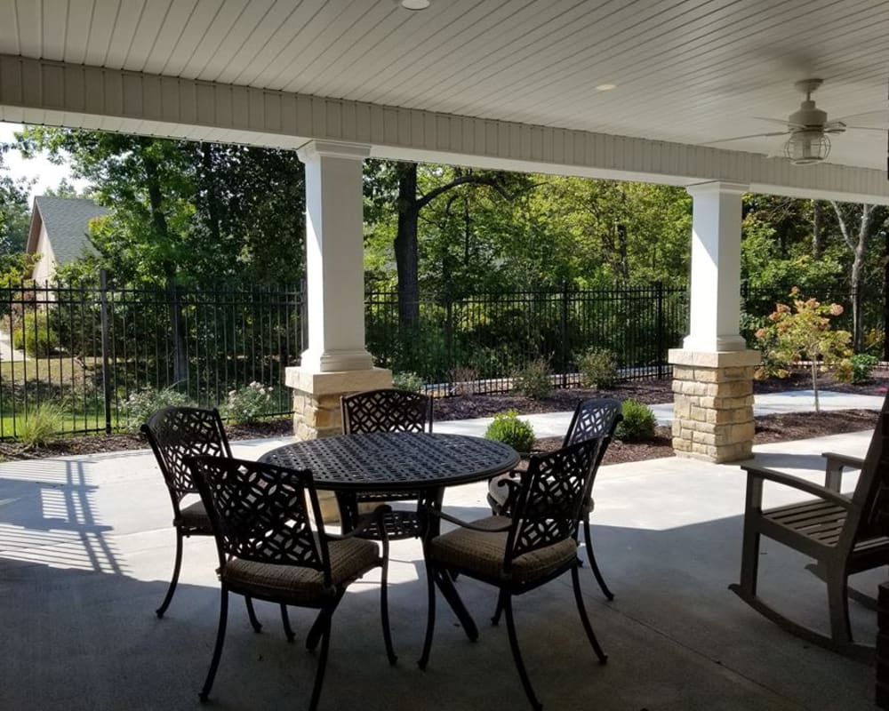 Patio with seating at The Arbors at Harmony Gardens in Warrensburg, Missouri