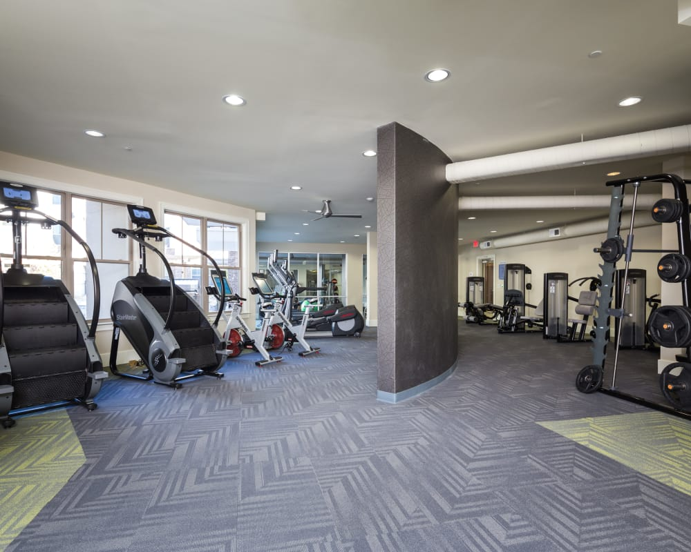 Stay healthy in the One Metrocenter fitness center in Nashville, Tennessee