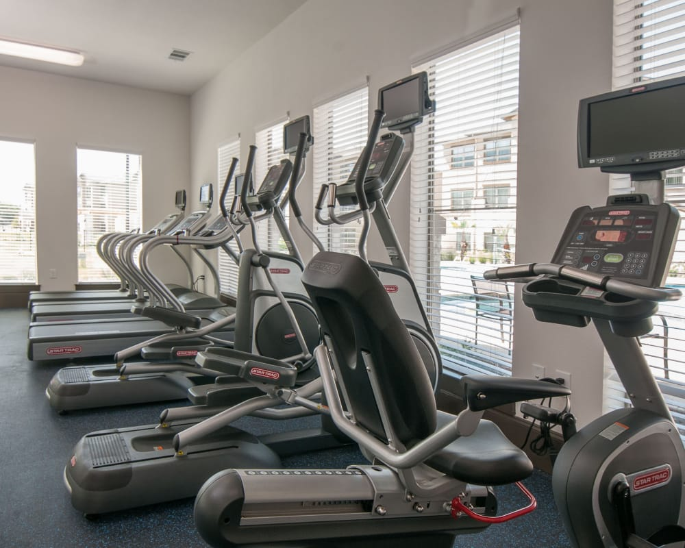 Carrington Oaks offers a fitness center for residents in Buda, Texas