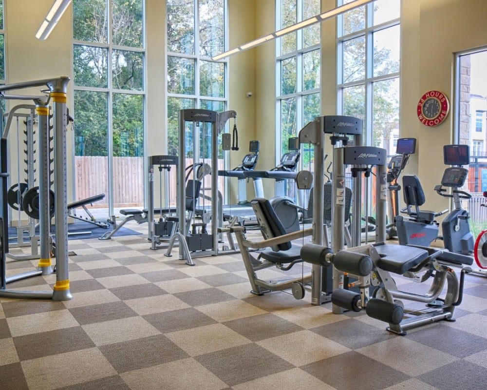 Extensive fitness center at Vargos on the Lake in Houston, Texas