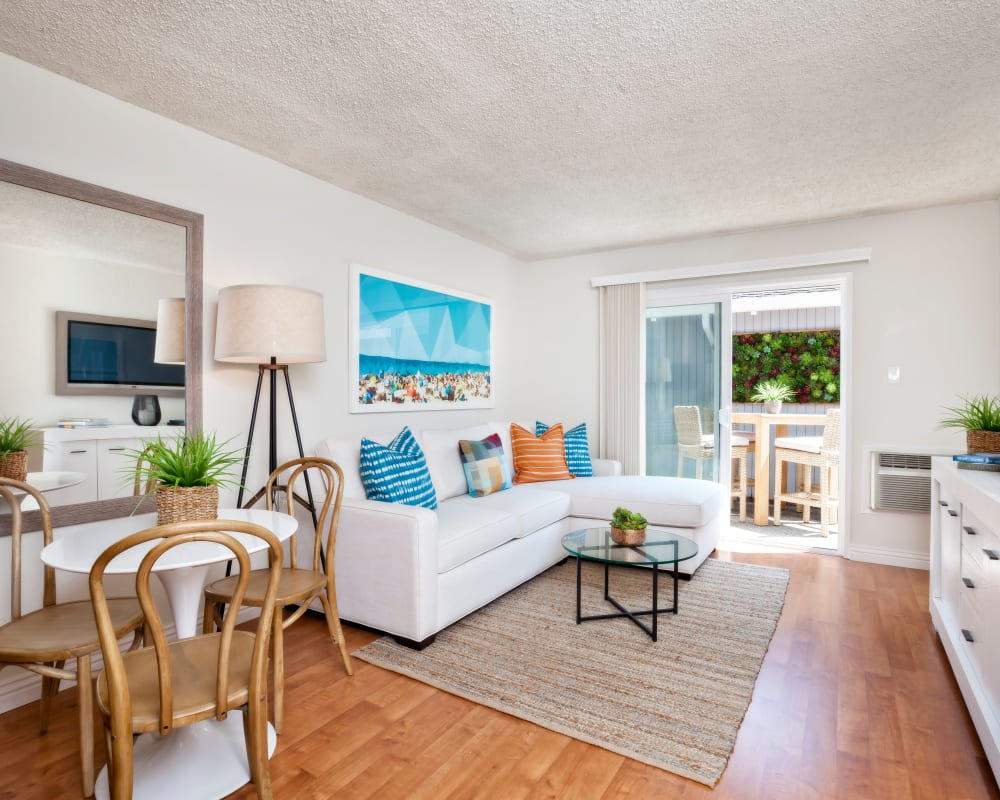 View our floor plans at Parkwood Apartments in Sunnyvale, California