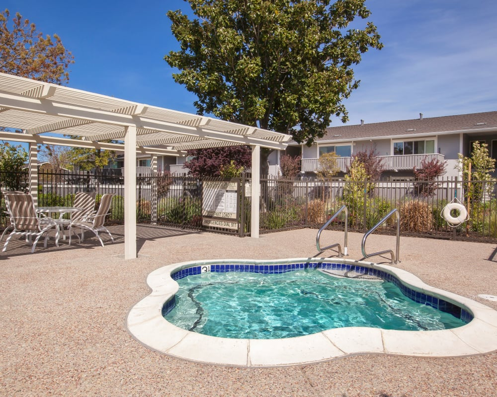 Hot tub at Village Green Apartments in Cupertino, California