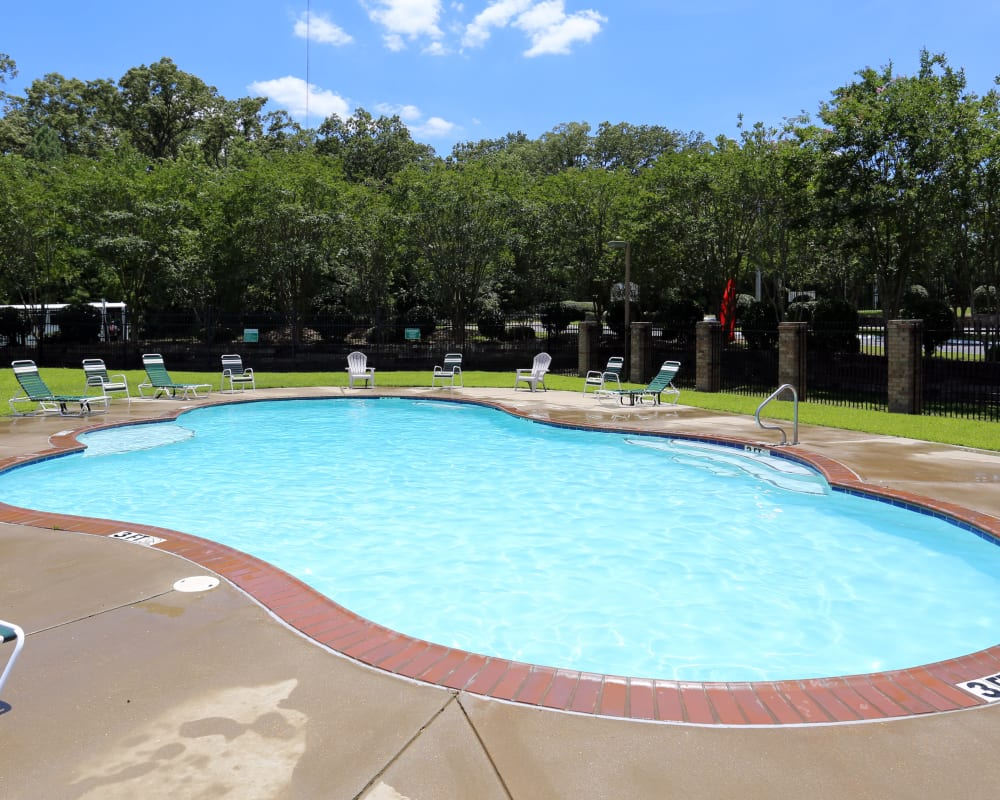 Beautiful pool at Summer Park Apartments in Jackson, Mississippi