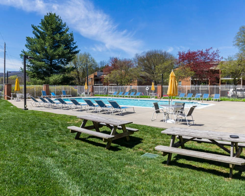 Outdoor pool at The Crest Apartments in Salem, Virginia