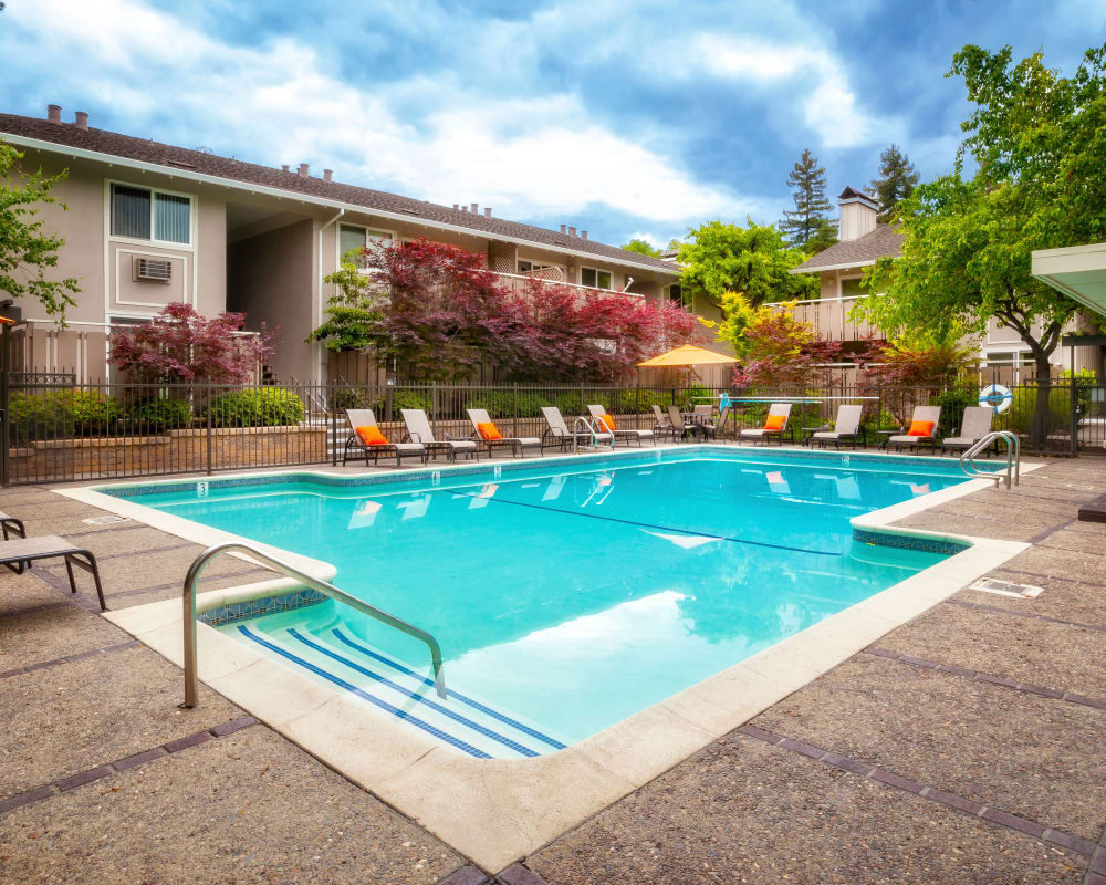 View our amenities at Greendale Apartments in Mountain View, California