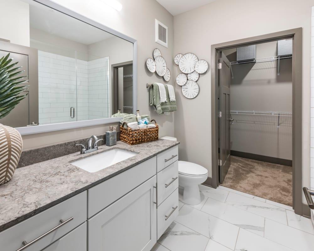 A large luxury bathroom at Olympus Emerald Coast in Destin, Florida