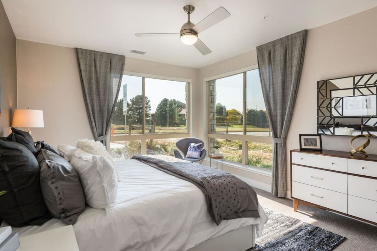 Solana Lucent Station offers a Luxury Bedroom in Highlands Ranch, Colorado