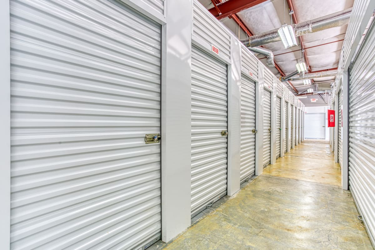 Climate-controlled storage units in Memphis, Tennessee at Devon Self Storage