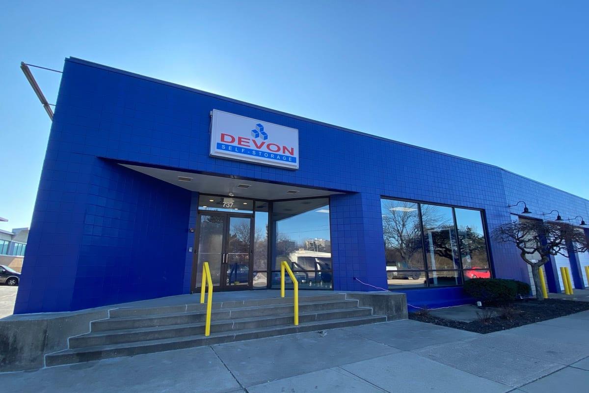 Parking lot and front entry to Devon Self Storage in Cincinnati, Ohio