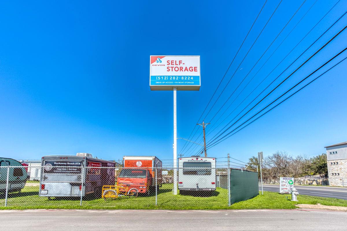 RV, Boat and Auto storage at Austin, Texas at Devon Self Storage