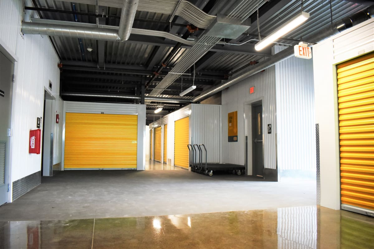 The interior storage units for rent at Storage 365 in Dallas, Texas