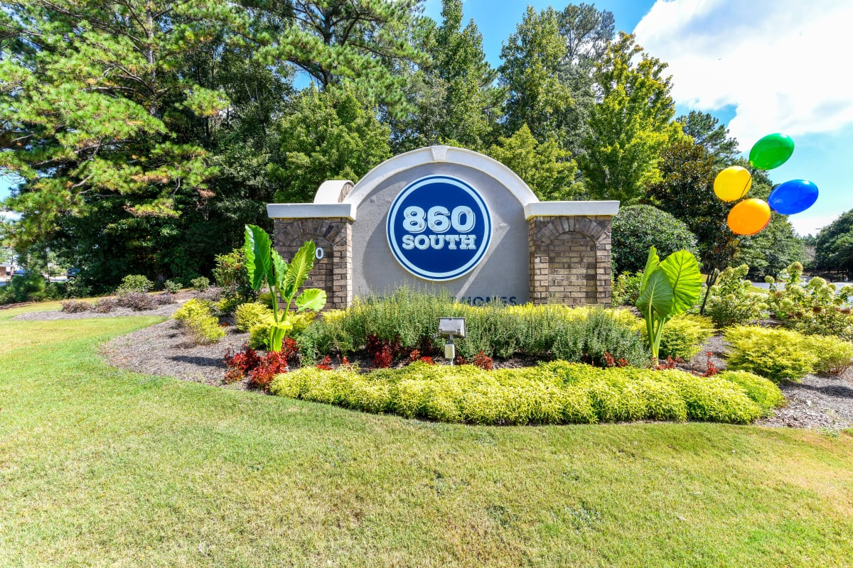 Our monument sign welcoming residents and their guests to 860 South in Stockbridge, Georgia