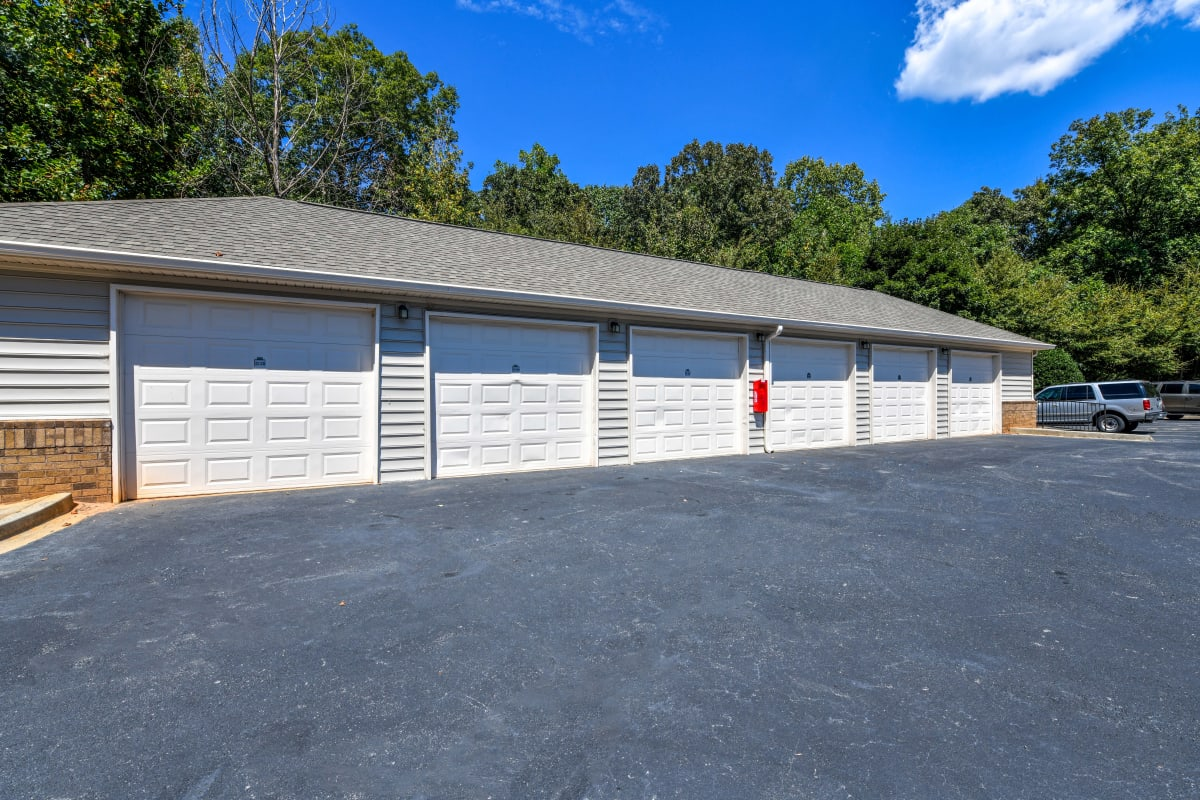 Private garages available at 860 South in Stockbridge, Georgia