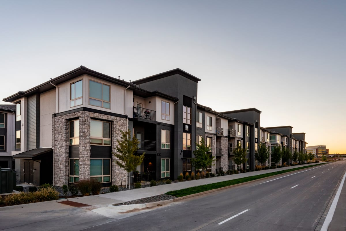 Solana Lucent Station | Apartments in Highlands Ranch, Colorado