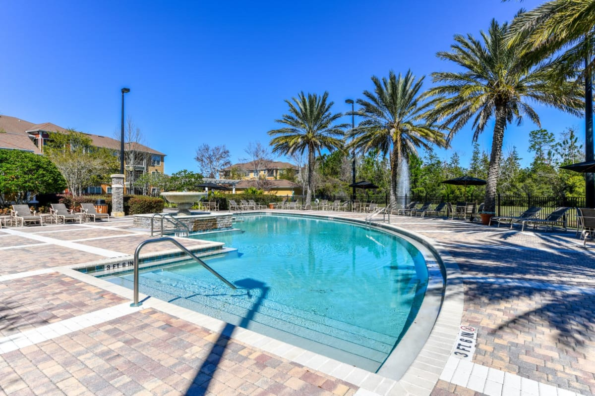 Sparkling swimming pool at Courtney Isles in Yulee, Florida