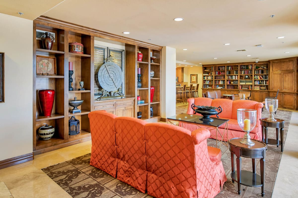 Well-furnished resident clubhouse lounge at The Tides at Marina Harbor in Marina Del Rey, California