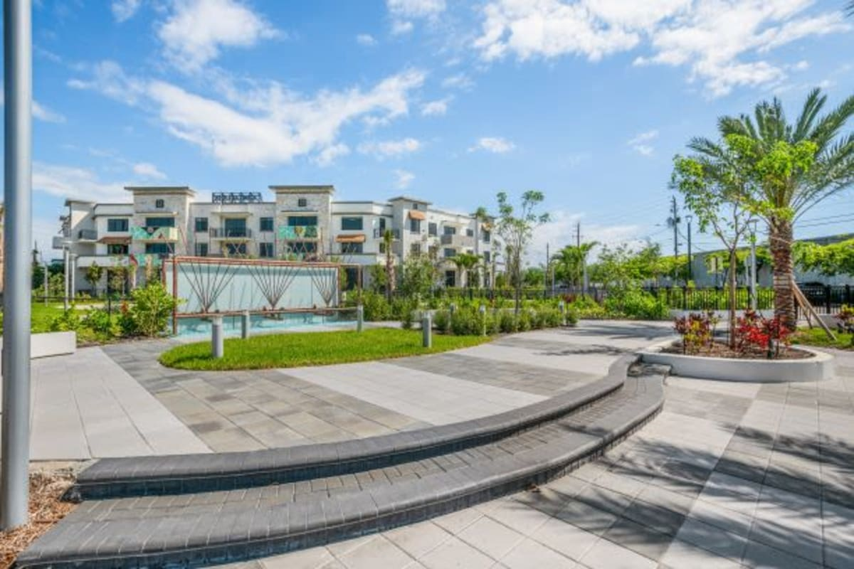 The District Flats   Luxury Apartments in West Palm Beach, Florida