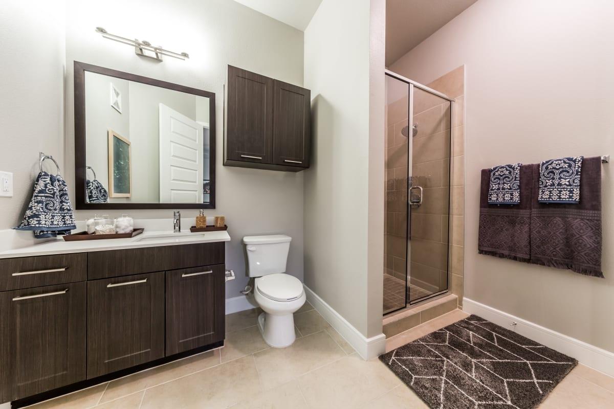 Clean bathroom at Marq 31 in Houston, Texas