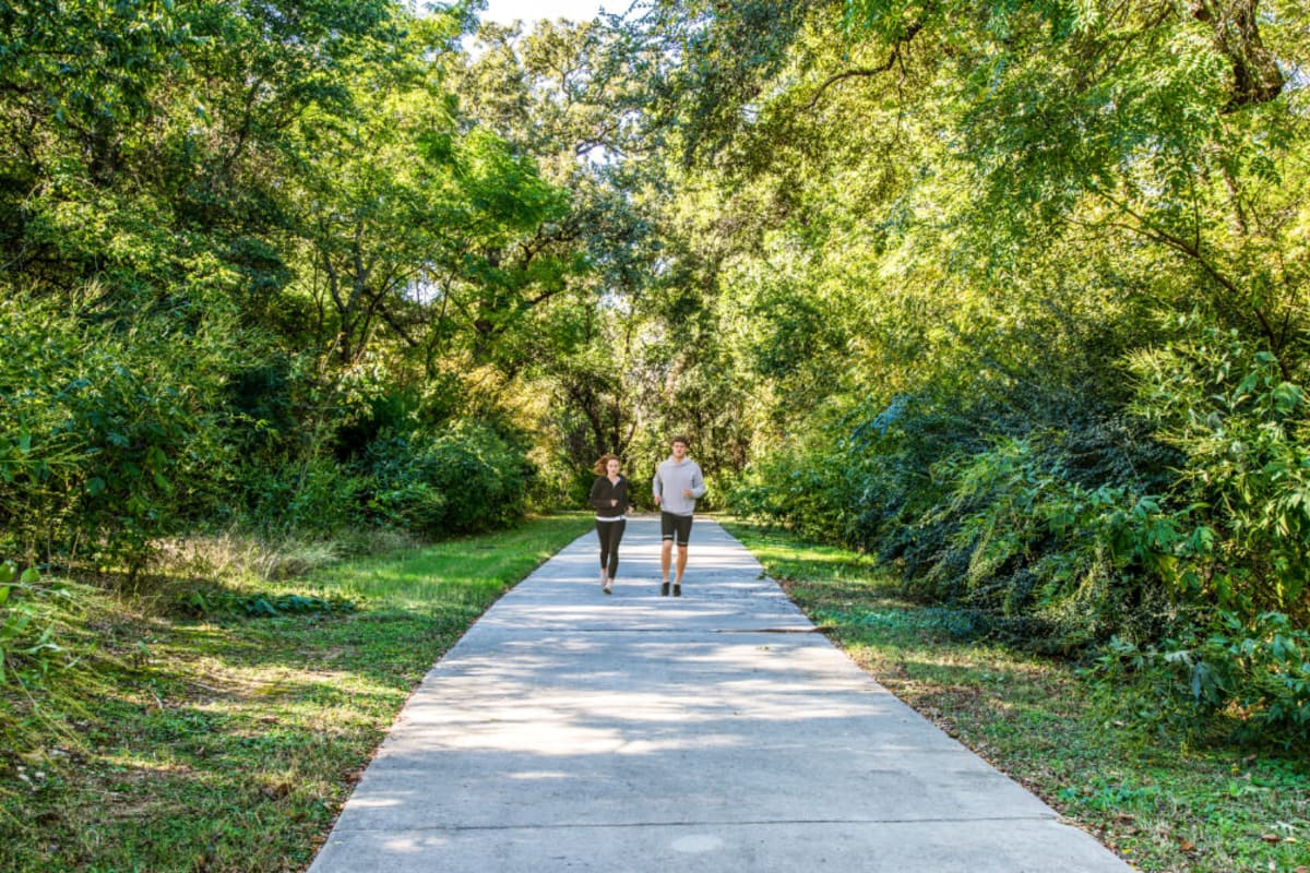 Resident jogging in Grapevine, Texas from Marquis at Silver Oaks