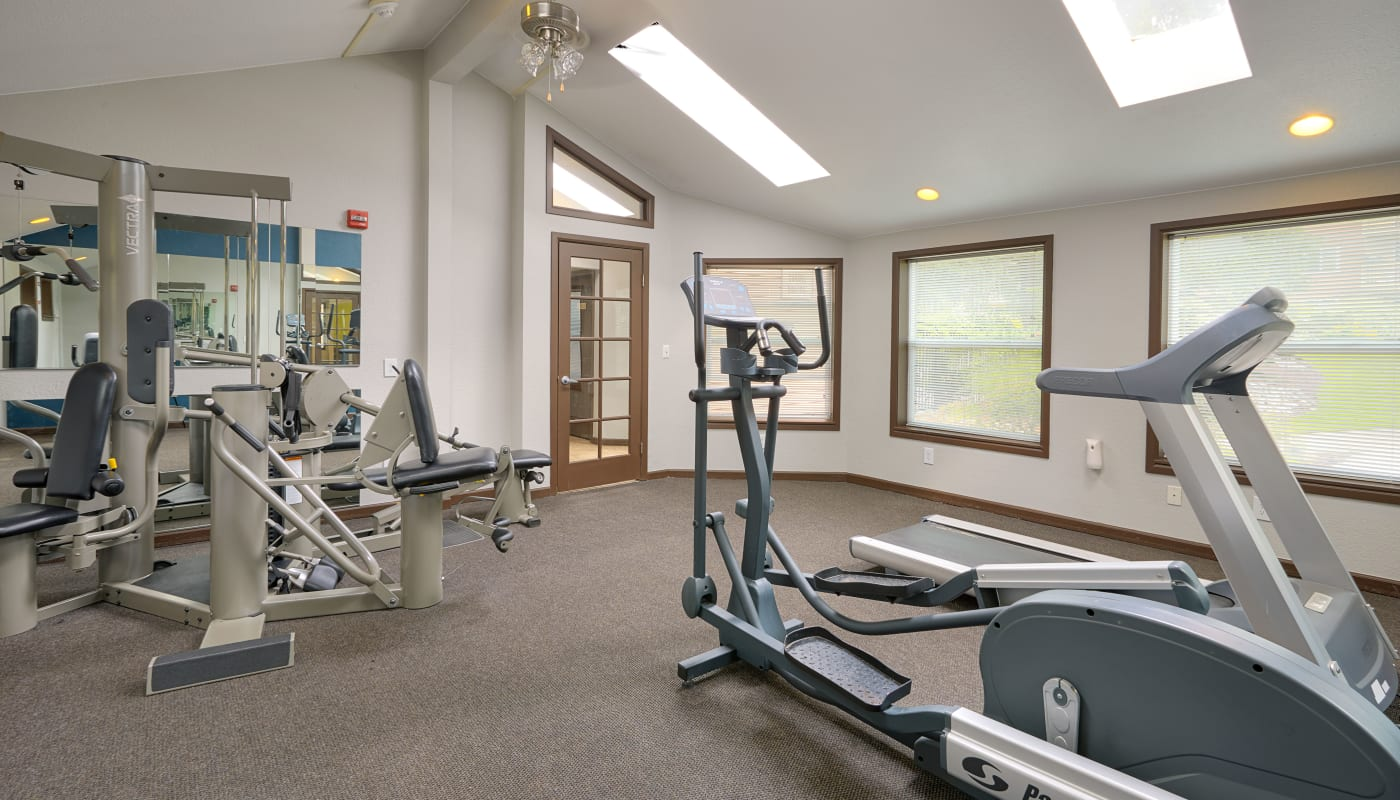 Onsite fitness center at The Boulevard at South Station Apartment Homes in Tukwila, Washington