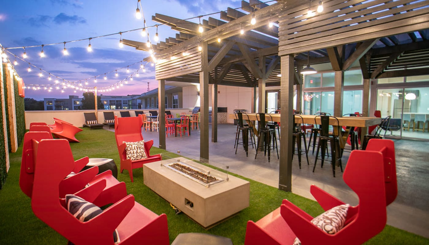 Luxury Clubhouse with Rooftop Terrace at Inman Quarter in Atlanta