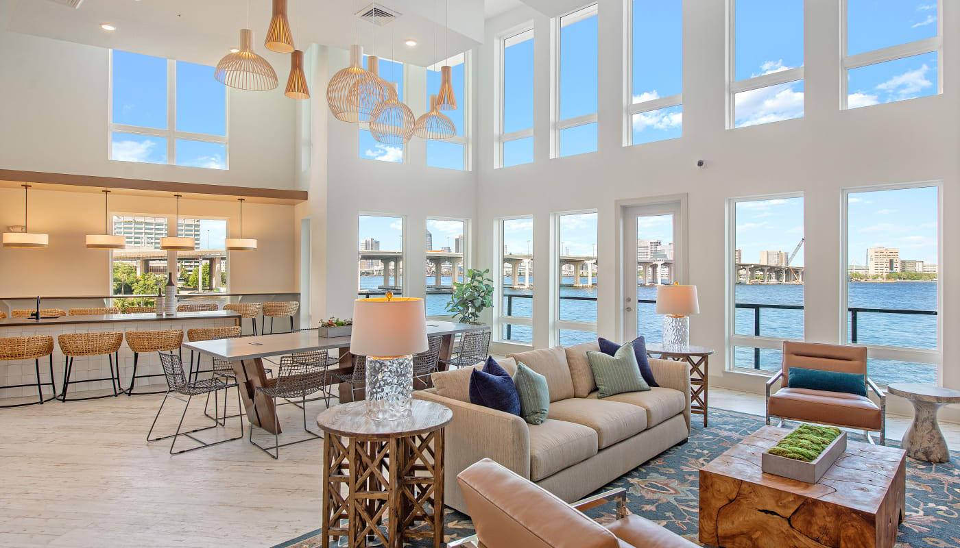Large Windows at Riverside St. Johns in Jacksonville, Florida