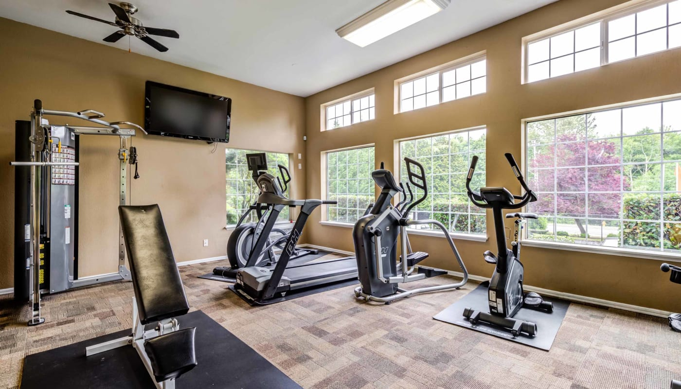 Fitness center at Discovery Landing Apartment Homes