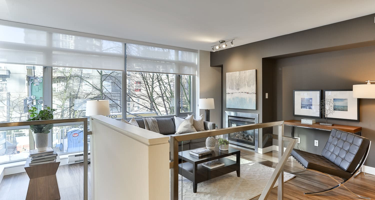 Townhouse lobby at Bayview at Coal Harbour