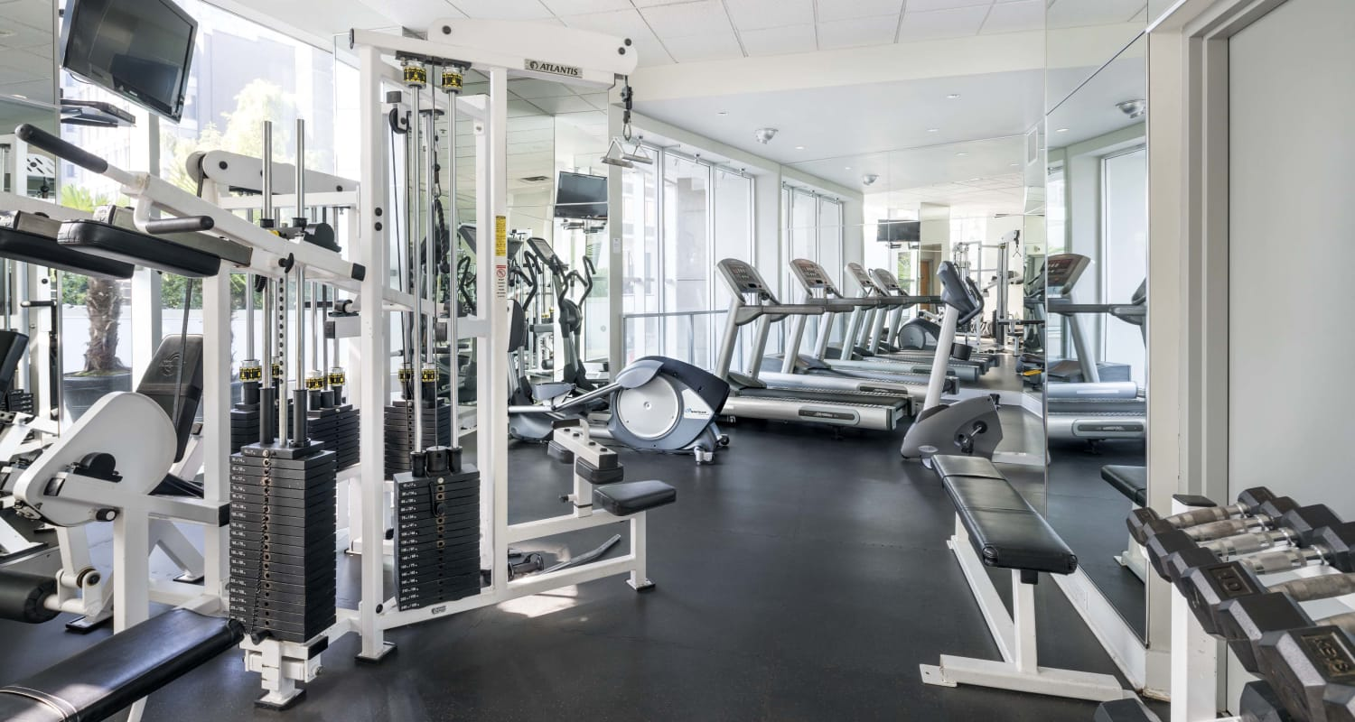 Fitness room at Bayview at Coal Harbour in Vancouver