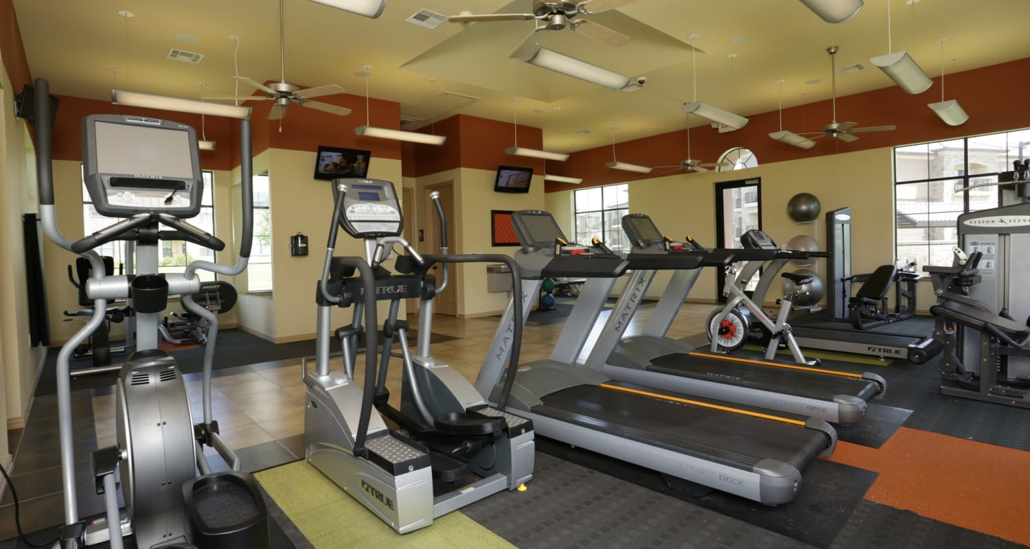 Well-equipped fitness center at Evolv in Mansfield, Texas