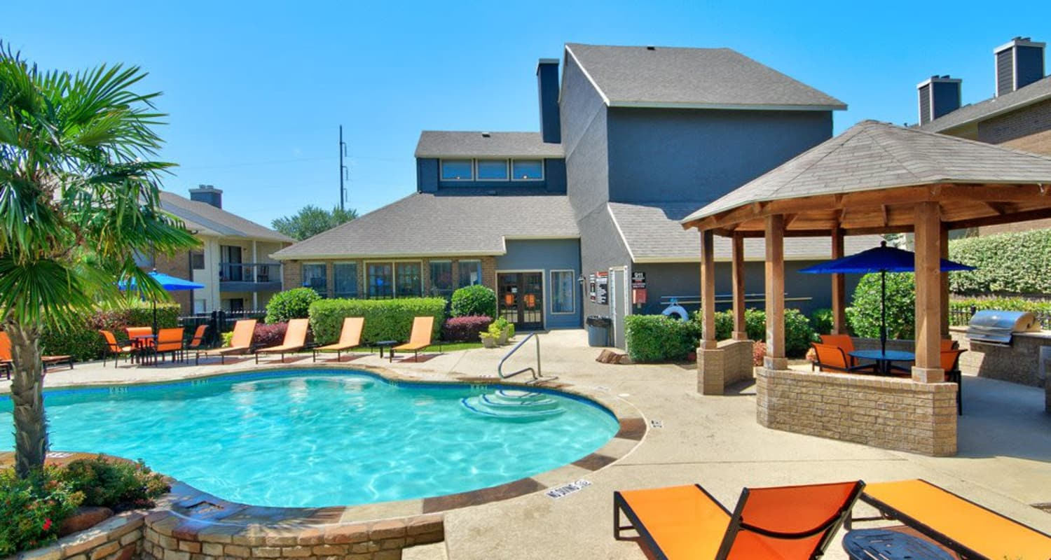 Sundeck and pool at Ridgeview Place in Irving, Texas