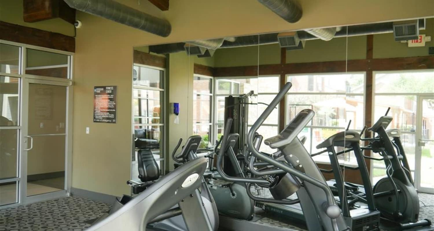 Stay healthy in the Veridian Place fitness center in Dallas, Texas