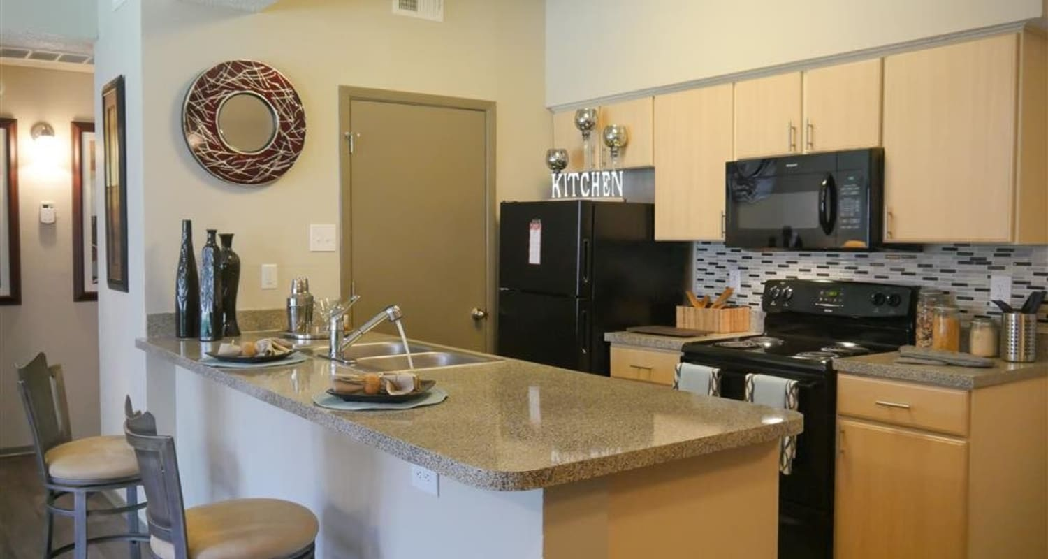 Fully-equipped kitchen at Veridian Place in Dallas, Texas
