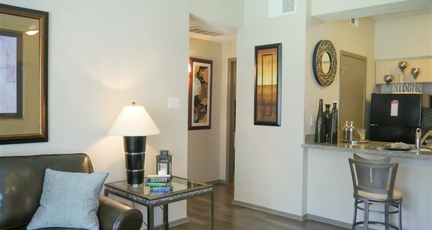 Enjoy spacious floor plans at Veridian Place in Dallas, Texas