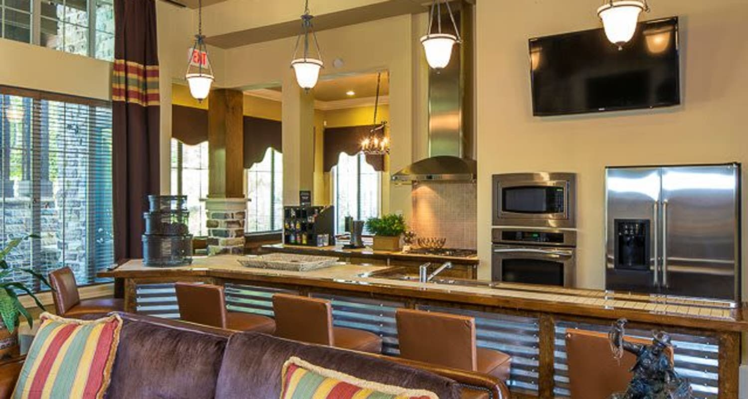 Rustic clubhouse with a full kitchen for entertain guests at Ranch ThreeOFive in Arlington, Texas