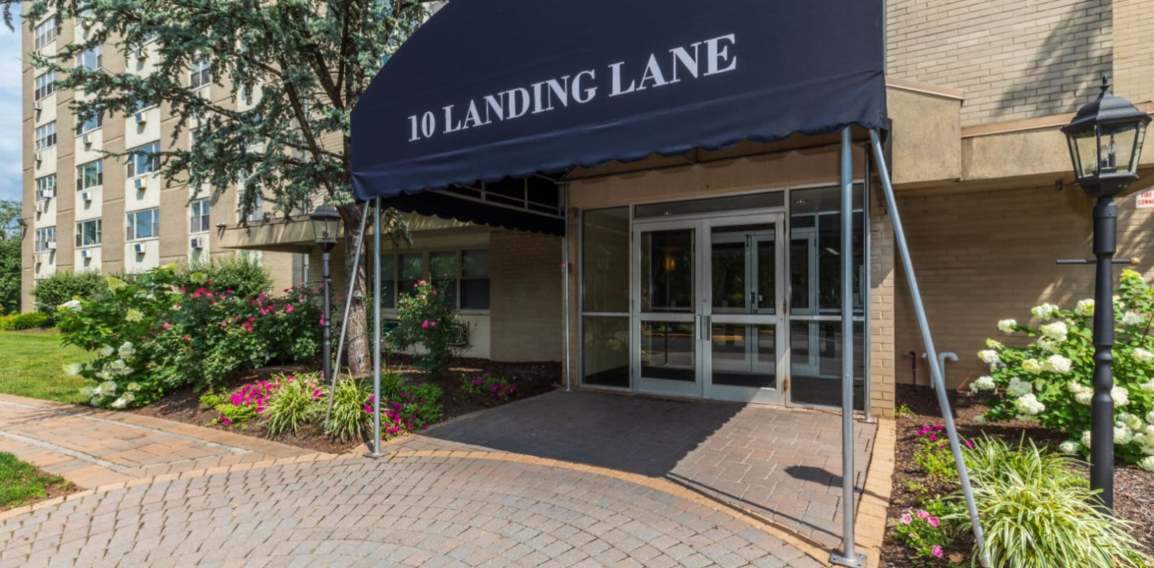 Covered entrance to 10 Landing Lane in New Brunswick, New Jersey