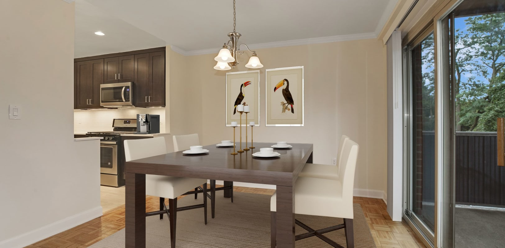 Dining area with a view at Hamilton Court in Morristown, New Jersey