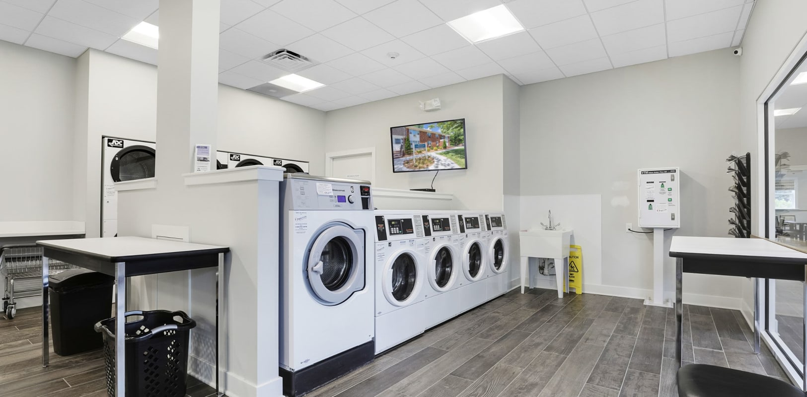 Onsite laundry facility at Nieuw Amsterdam Village in South Amboy, New Jersey