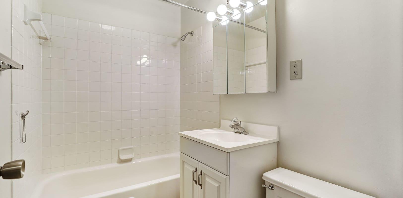 Clean bathroom at Bethlehem Towers in Bethlehem, Pennsylvania