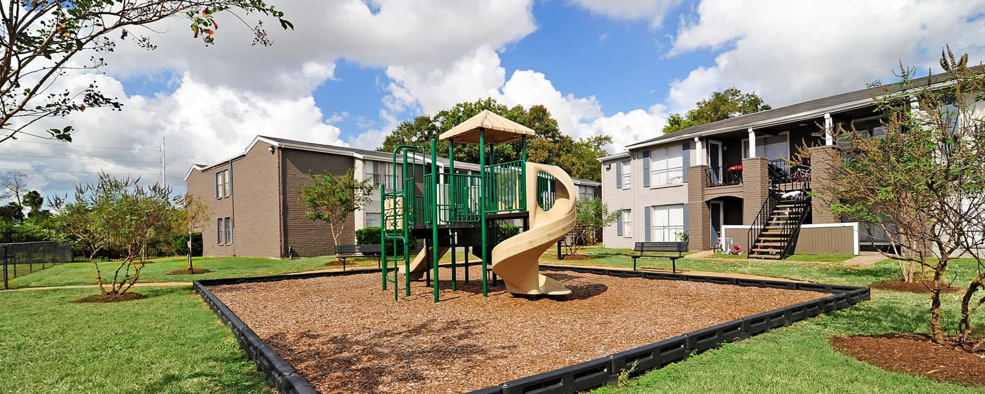 Bayou Parc at Oak Forest offers a playground in Houston, Texas