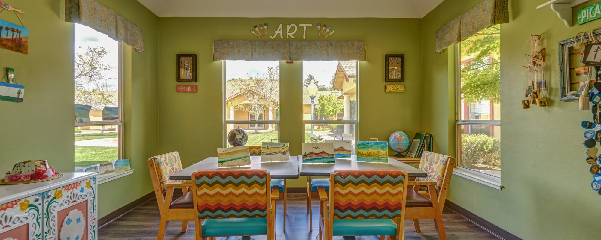 Dining area at MuirWoods Memory Care in Petaluma, California