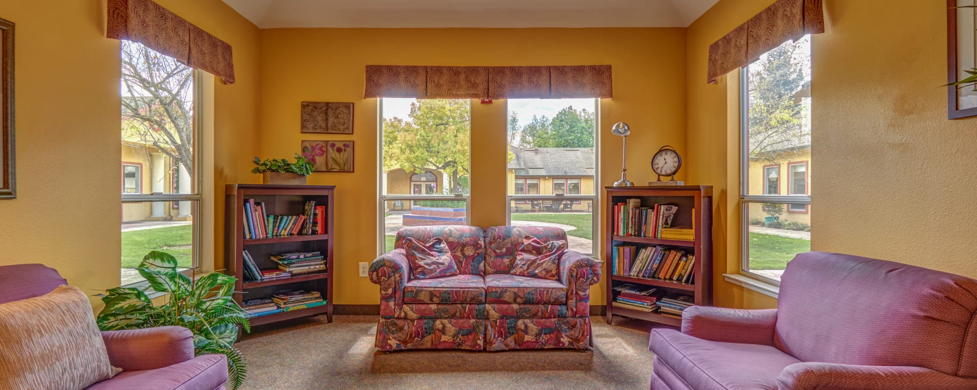 Living space at MuirWoods Memory Care in Petaluma, California
