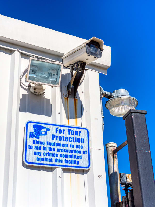 24-hour video surveillance in Pasadena, Texas at Devon Self Storage